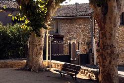 St-laurent-de-france_carnols_place_1500x313